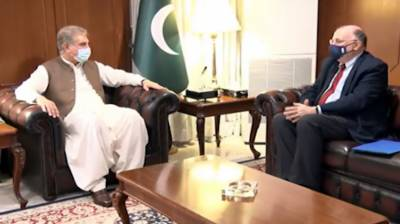 وزیر خارجہ اور فورمین کرسچن کالج یونیورسٹی کے ریکٹر کا باہمی دلچسپی کے امور پر تبادلہ خیال