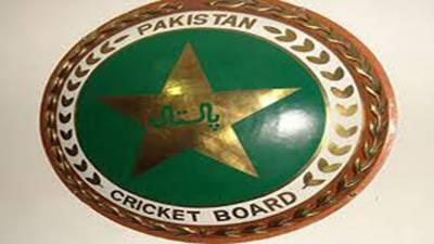 دورہ انگلینڈ کے لیے پاکستان کا 31 رکنی سکواڈکل بروز اتوار کو لاہور سے مانچیسٹر کے لیے روانہ ہوگا