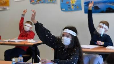 حفاظتی انتظامات کے ساتھ برطانیہ میں ستمبر سے اسکول کھولنے کا اعلان