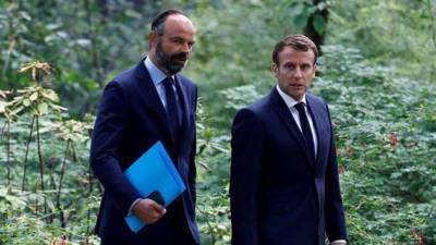 فرانس کے وزیراعظم اور کابینہ کا استعفیٰ منظور