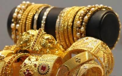 فی تولہ سونا 2400 روپے مہنگا