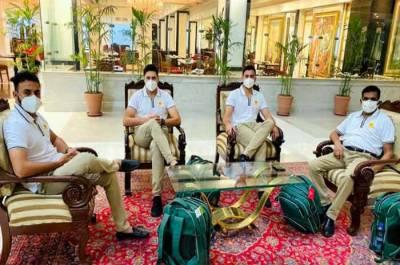 پاکستان کرکٹ ٹیم اسکواڈ کا تیسراگروپ انگلینڈ کیلئے روانہ