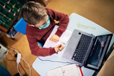 کویت میں نیا آن لائن تعلیمی سال 4 اکتوبر سے شروع ہوگا