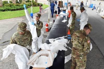 امریکی ریاستوں ٹیکساس اور کیلی فورنیا میں فوجی ڈاکٹرز تعینات
