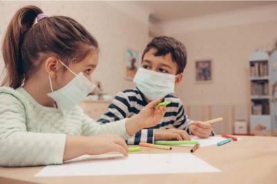 کورونا کے باعث دنیا بھر میں کروڑوں بچے ابتدائی تعلیم سے محروم