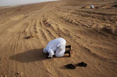 سعودی عرب: صحرا میں لاپتا شہری کی حالتِ سجدہ میں روح قبض