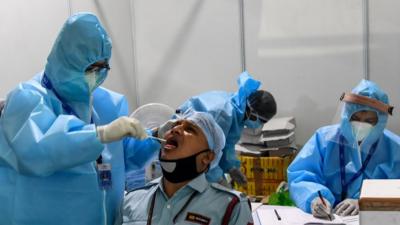 بھارت: ایک دن میں دوسری بار کورونا وائرس کے ریکارڈ تقریبا 61 ہزار سے زائد نئے مریض سامنے آئے