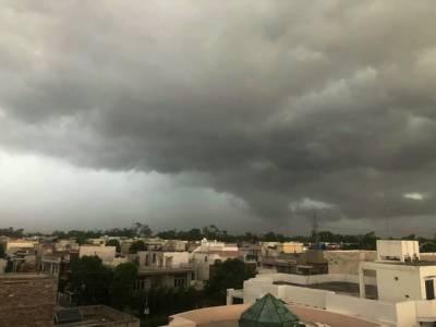 لاہور سمیت پنجاب کے بیشترعلاقوں میں موسلا دھار بارش، مزید بارشوں کی پیشگوئی