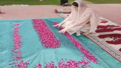 مریم نوازکی نیب لاہور میں پیشی سے قبل والدہ کی قبر پر حاضری اور فاتحہ خوانی