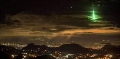 یمن میں آسمان سے پراسرار روشن پتھر گرنے لگے