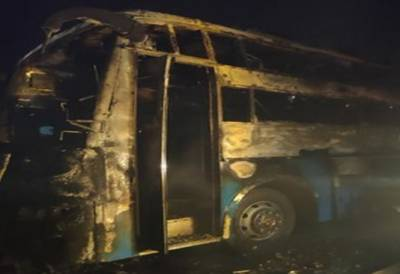 بھارت، مسافر بس میں شارٹ سرکٹ کے باعث آگ بھڑک اٹھی، 2 بچوں، ایک خاتون سمیت 5 افراد ہلاک