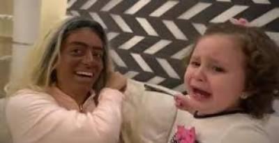 مصر کے مشہور یوٹیوبر اور بیوی کواپنی بچی کو بلیک میل کرنے پر عدالت کا سامنا
