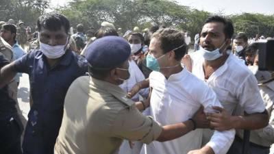 بھارت میں اپوزیشن لیڈر راہول گاندھی گرفتار