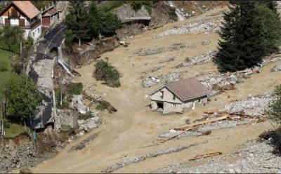 فرانس اور اٹلی میں شدید سیلاب سے 12ہلاک،20افرادلاپتہ