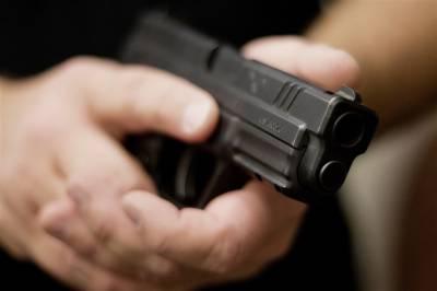 امریکا : 3 سالہ کمسن بچے نے خود کو گولی مار لی