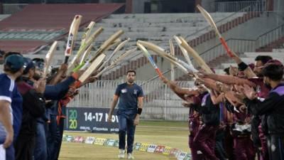 فاسٹ باؤلر عمر گل نے کرکٹ سے ریٹائرمنٹ کا اعلان کر دیا