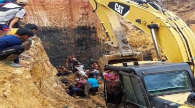 انڈونیشیا میں کوئلے کی کان میں لینڈ سلائیڈنگ، گیارہ افراد ہلاک