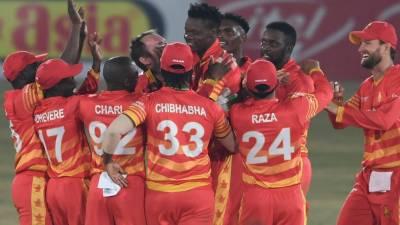 زمبابوے نے سپر اوور میں پاکستان کو شکست دے دی