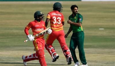 پہلا ٹی ٹوئنٹی : زمبابوے کا پاکستان کو جیت کے لیے 157 رنز کا ہدف