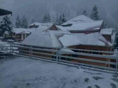 خیبر پختونخواہ میں بارش و برفباری، 2 خواتین زخمی، گھروں کو بھی نقصان