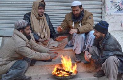 کوئٹہ میں سردی کی لہر میں اضافہ،گھروں میں گیس کی لوڈشیڈنگ بھی جاری