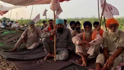 بھارت میں دلی چلو، کسانوں کی ملک گیر ہڑتال شروع