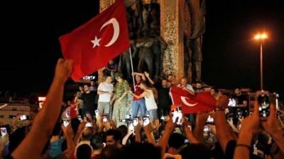 ترکی: بغاوت میں ملوث 27 پائلٹوں کو عمر قید