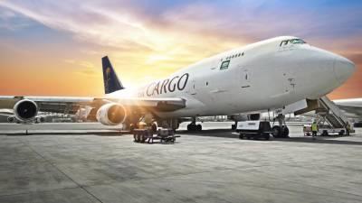 سعودیہ ائیرکے کارگو طیارے کورونا وائرس کی ویکسین بیرون ممالک سے سعودی عرب لا نے کے لیے تیار