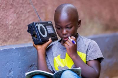 دنیا بھر میں ایک ارب 30 کروڑ بچے انٹرنیٹ رسائی سے محروم ہیں، رپورٹ