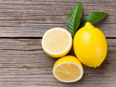 کھانسی، نزلہ اور زکام میں لیموں کا استعمال فائدہ مند:ماہرین