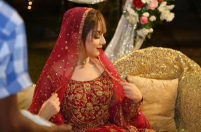 """علیزے شاہ نے اردو فلکس کے لیئے نئی ویب سیریز""""دلہن اور ایک رات""""سائن کرلی"""