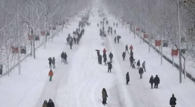 اسپین میں 50 سالہ تاریخ کی شدید ترین برفباری، 4 افراد ہلاک، ہزاروں محصور
