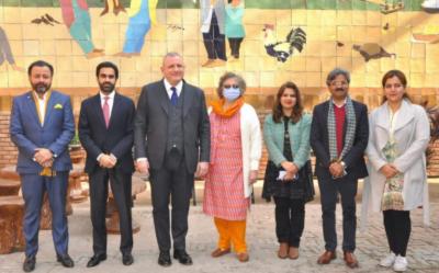 پاکستان میں تعینات اٹلی کے سفیر آندریاس فیراریس نے لاہور آرٹس کونسل الحمراء کا دورہ