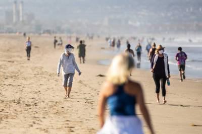 ساحل کی سیر کے دوران کرونا پھیلنے کے خطرات نہ ہونے کے برابر