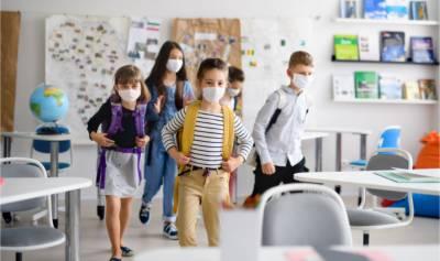 امریکہ جوبائیڈن انتظامیہ اپریل میں سکول کھولنے کے لیے پرامید