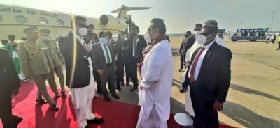 وزیراعظم عمران خان سری لنکا پہنچ گئے