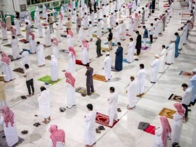 سعودی عرب میں کورونا کیسز سامنے آنے پر 10 مساجد بند