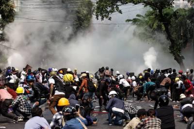 میانمار میں فوجی بغاوت کے خلاف احتجاج میں فائرنگ سے 38افرادہلاک ، اقوام متحدہ نے خونی دن قراردے دیا