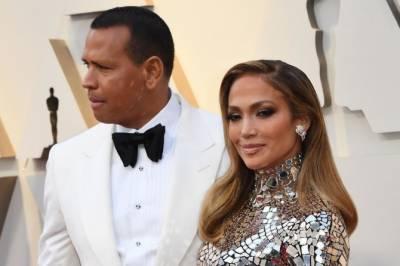 اداکارہ جینیفر لوپیز اور الیکس روڈریگ اسپلٹ کا منگنی توڑنے کا اعلان