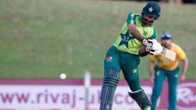 پاکستان نے چوتھے ٹی ٹوئنٹی میں جنوبی افریقا کو 3 وکٹوں سے شکست دے کر چار میچوں کی سیریز تین ایک سے جیت لی
