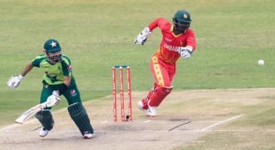 پاکستان کا زمبابوے کو جیت کیلئے 150 رنز کا ہدف