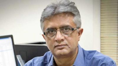 آج سے چالیس سال سے زائد عمر کے افراد کو ویکسین لگانے کا عمل شروع کر دیا گیا ہے: ڈاکٹر فیصل سلطان