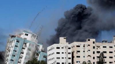 صحافیوں کو نشانہ بنانا جنگی جرم ہے، غزہ میں میڈیا دفاتر کی تباہی پر دنیا بھر کے صحافیوں اور تجزیہ کاروں کا ردعمل