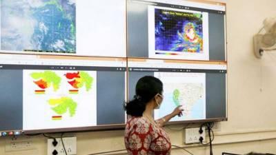 بھارت میں سمندری طوفان سے تباہی