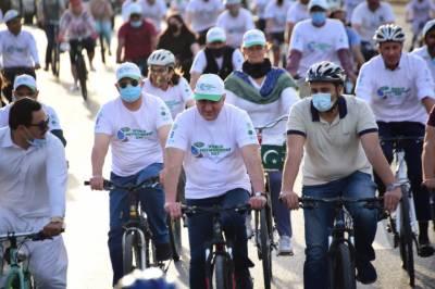 ماحول دوست اقدامات سے دنیا میں پاکستان کوعزت ملے گی،شاہ محمود قریشی