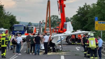 جرمنی کے علاقے فرینکفرٹ کے قریب طیارہ حادثے میں 2 افراد ہلاک