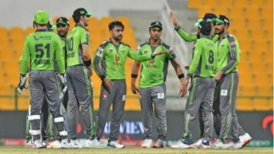 پی ایس ایل 6: لاہور قلندرز نے پشاور زلمی کو سنسنی خیز میچ کے بعد شکست سے دوچارکردیا