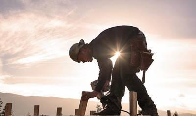 سعودی عرب میں مزدوروں کے تیز دھوپ میں کام کرنے پر پابندی