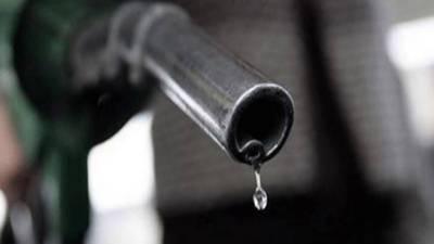 حکومت نے پیٹرول 2 روپے 13 پیسے مہنگا کر دیا