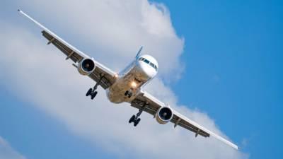 روس میں طیارے کی ہنگامی لینڈنگ ، 9 افراد ہلاک